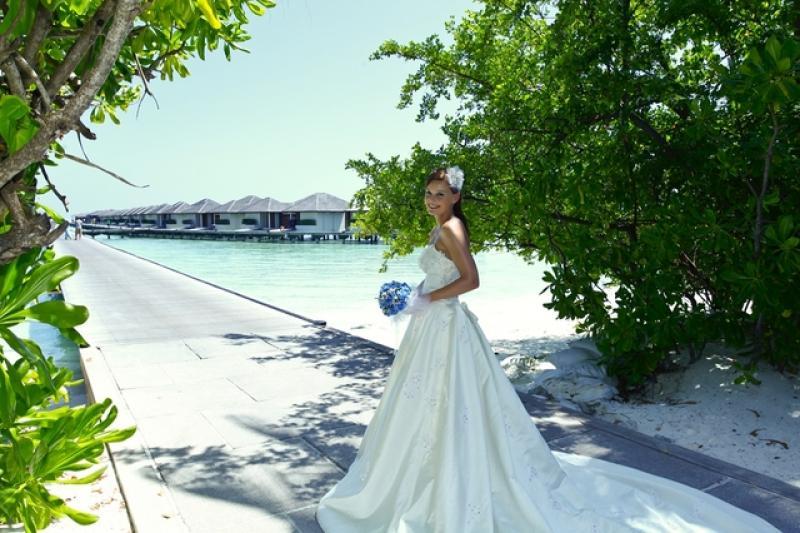马尔代夫蜜月婚纱拍摄5天3晚+举办婚礼