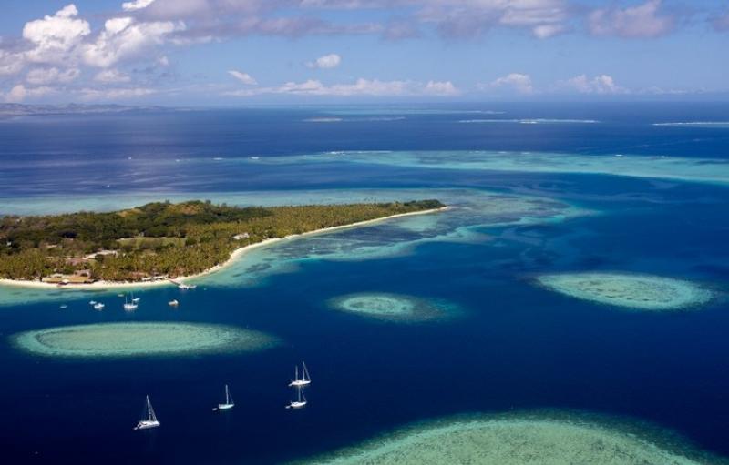 洛玛尼岛度假村Lomani Island Resort